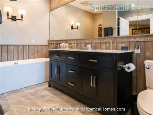 Elegant Rustic Retreat Home Rental in Pittsboro, North Carolina, United States 5