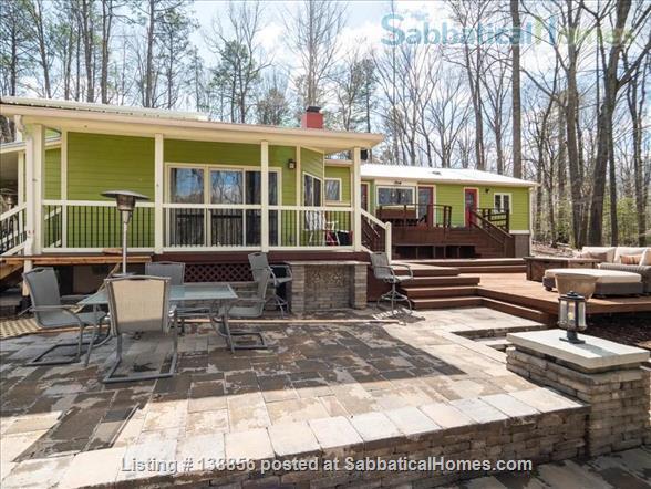 Elegant Rustic Retreat Home Rental in Pittsboro, North Carolina, United States 8