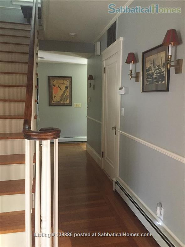 Beautiful sunny house for the summer Home Rental in Providence, Rhode Island, United States 6