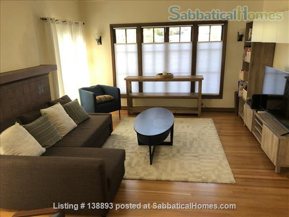 Furnished 2 bedroom/1bathroom condo 10 minute walk to campus Home Rental in Berkeley, California, United States 1