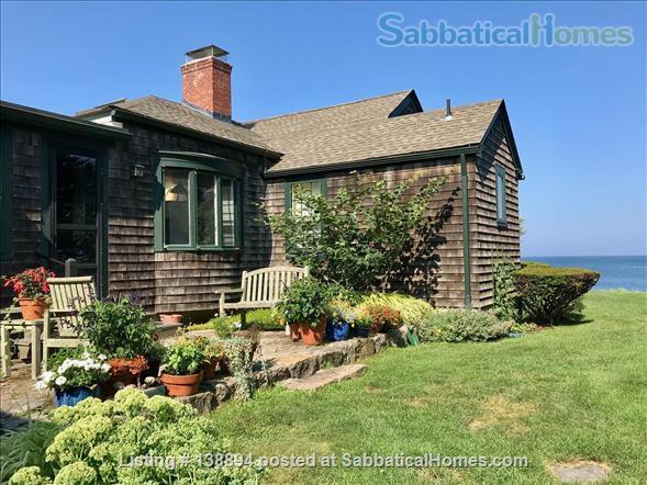 Historic Oceanfront 4-Bedroom Home Rental in Narragansett, Rhode Island, United States 1