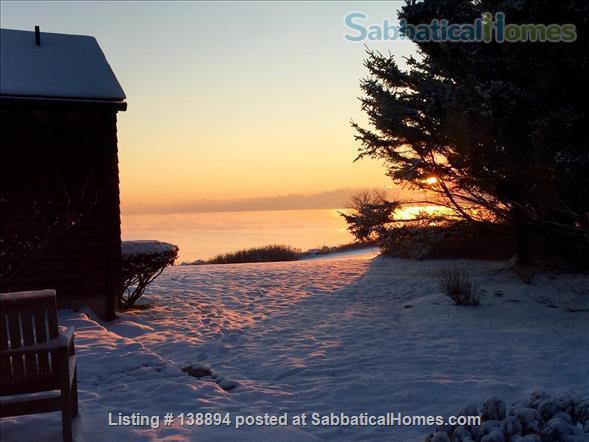 Historic Oceanfront 4-Bedroom Home Rental in Narragansett, Rhode Island, United States 0