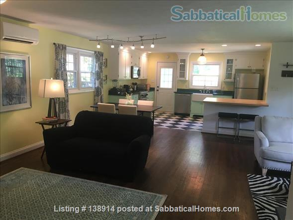 Cherry Tree House - 3br Centrally Located, Utilities Included Home Rental in Charlottesville, Virginia, United States 2