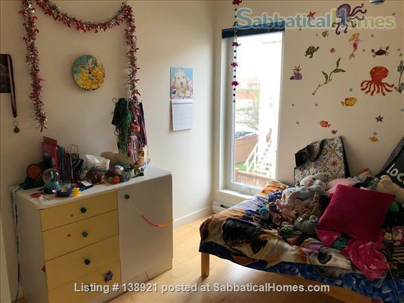 Modern, bright family home near downtown Home Rental in Victoria, British Columbia, Canada 6