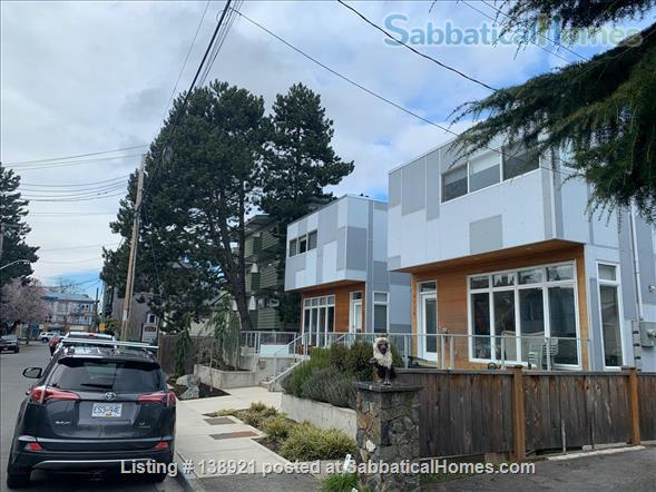 Modern, bright family home near downtown Home Rental in Victoria, British Columbia, Canada 8