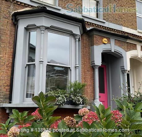 3 bedroom Garden flat in North East London Home Rental in Clapton, England, United Kingdom 1