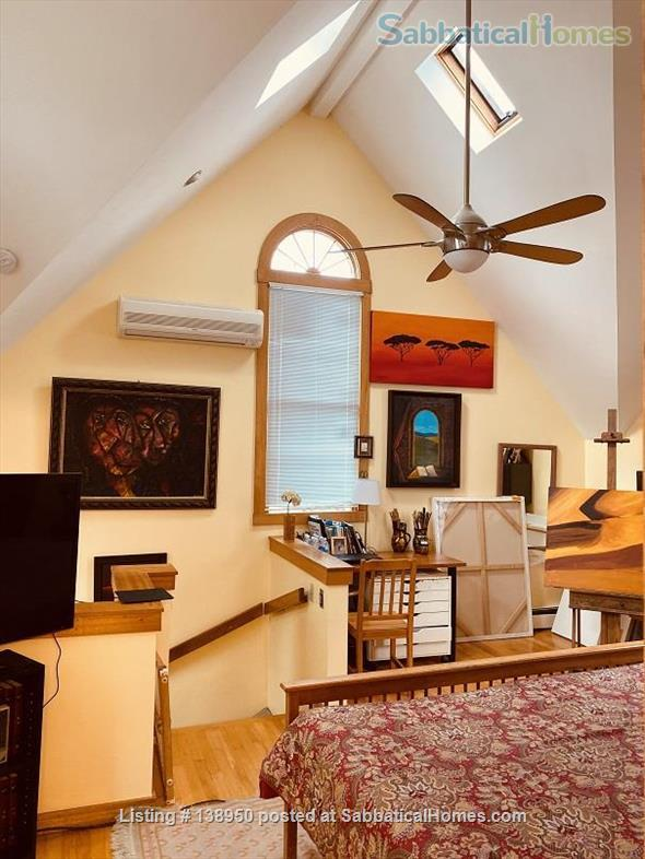 Fully furnished comfortable 3 bed 2 bath townhouse on very quiet street in  Inman Square Home Rental in Cambridge, Massachusetts, United States 6