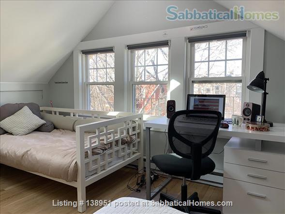 Sunny and Quiet Efficiency Studio in top floor of West Cambridge 2 family Condo Home Rental in Cambridge, Massachusetts, United States 2
