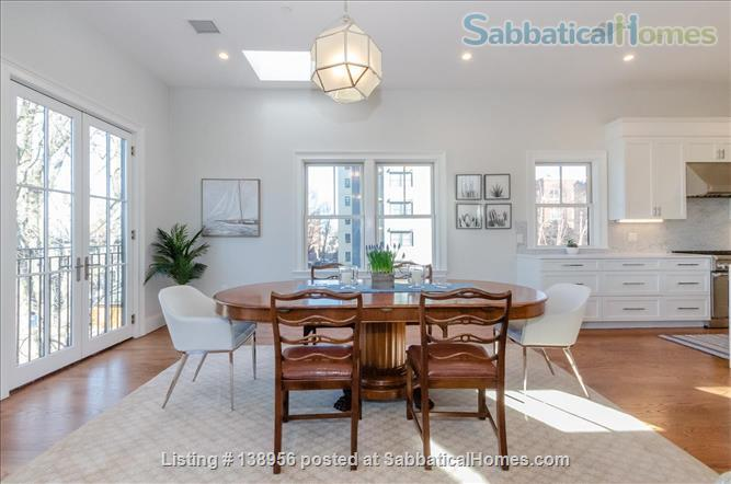 Luxury 3 bedroom 2 bath Penthouse with off street parking  Home Rental in Cambridge, Massachusetts, United States 5