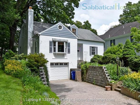 Comfy,  convenient single family home Home Rental in Silver Spring, Maryland, United States 1