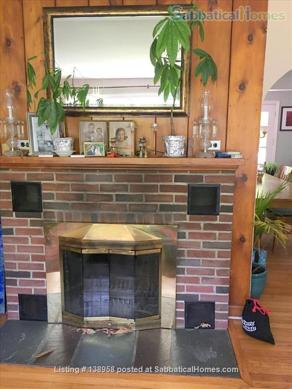 Lovely home in residential village - North Shore Long Island Home Rental in Huntington, New York, United States 3