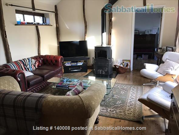 Traditional family home on outskirts of Cambridge Home Rental in Waterbeach, England, United Kingdom 2