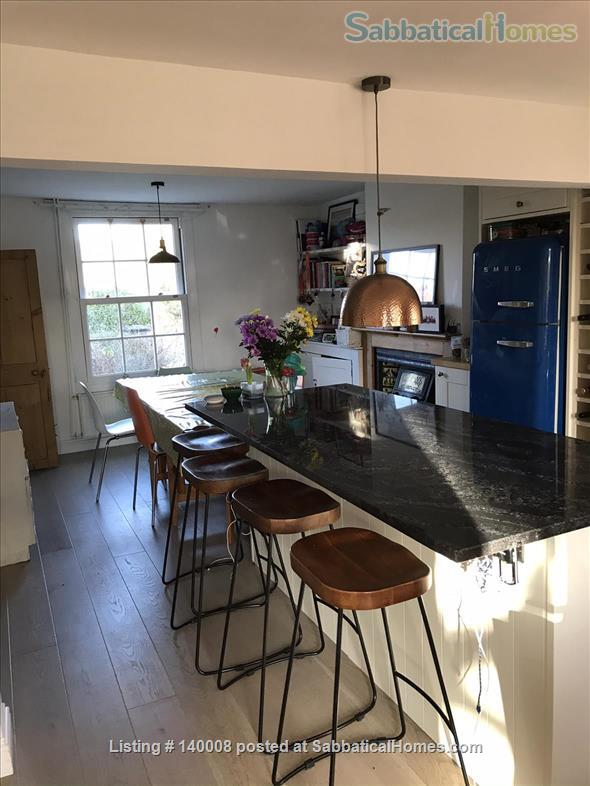 Traditional family home on outskirts of Cambridge Home Rental in Waterbeach, England, United Kingdom 5