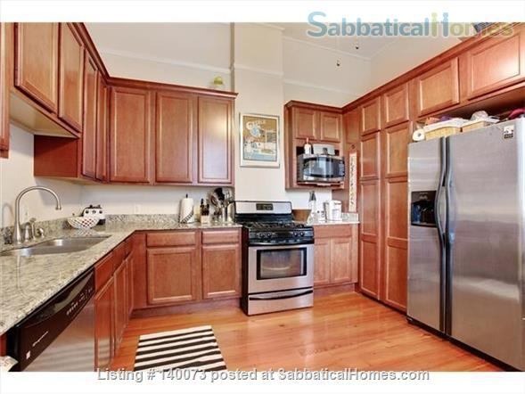 THE COTTAGE ON CANAL ST Home Rental in New Orleans, Louisiana, United States 4