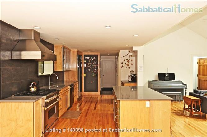Gorgeous Contemporary Northampton MA Home Rental in Northampton, Massachusetts, United States 2