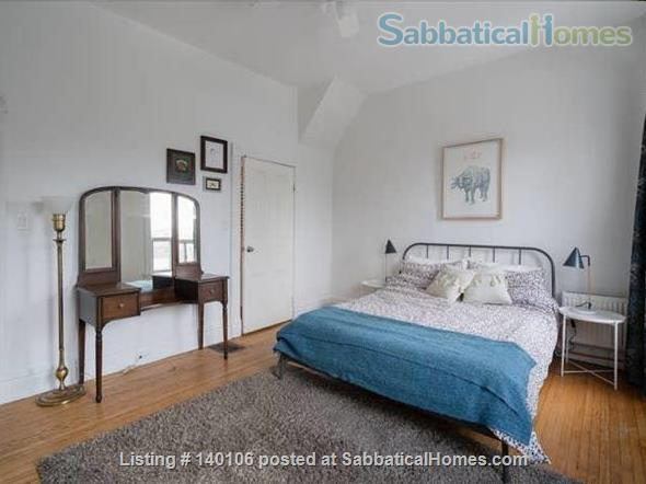 Large Victorian 2-bed , 1.5 bath home in Queen West Home Rental in Toronto, Ontario, Canada 5