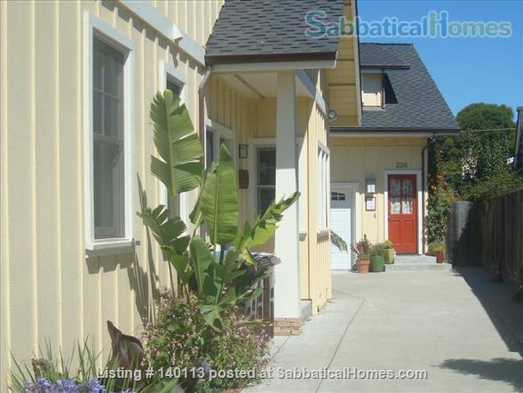 West Cliff Hideaway- Sweet 1 bdrm 2 blocks from ocean, BLAZING FAST WI-FI, in Lower Westside Santa Cruz, California! Home Rental in Santa Cruz, California, United States 1