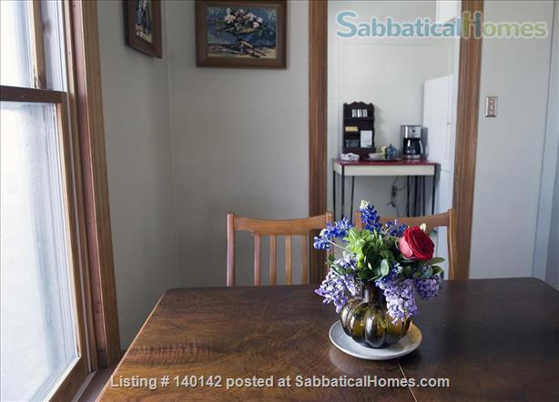 The Lafayette-East Austin Guesthouse 2bdrm / 1bth Fully Furnished/Bills &Wifi Incl Home Rental in Austin, Texas, United States 0