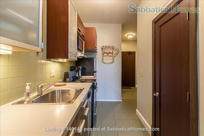 Comfy NY-style Short North Condo Home Rental in Columbus, Ohio, United States 6