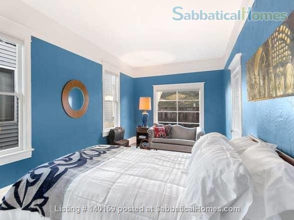The Victorian on Nob Hill Home Rental in Seattle, Washington, United States 2