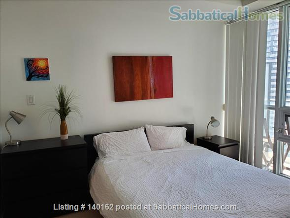 2 Bedroom + Den 2 Bathroom  Furnished next to  Harbour and Union subway Home Rental in Toronto, Ontario, Canada 4