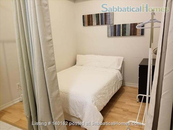 2 Bedroom + Den 2 Bathroom  Furnished next to  Harbour and Union subway Home Rental in Toronto, Ontario, Canada 7