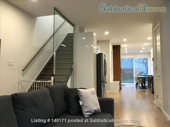 3-Bedroom Renovated Home, Downtown @ Annex steps from UofT, Hospitals, Transit, School Home Rental in Toronto, Ontario, Canada 0