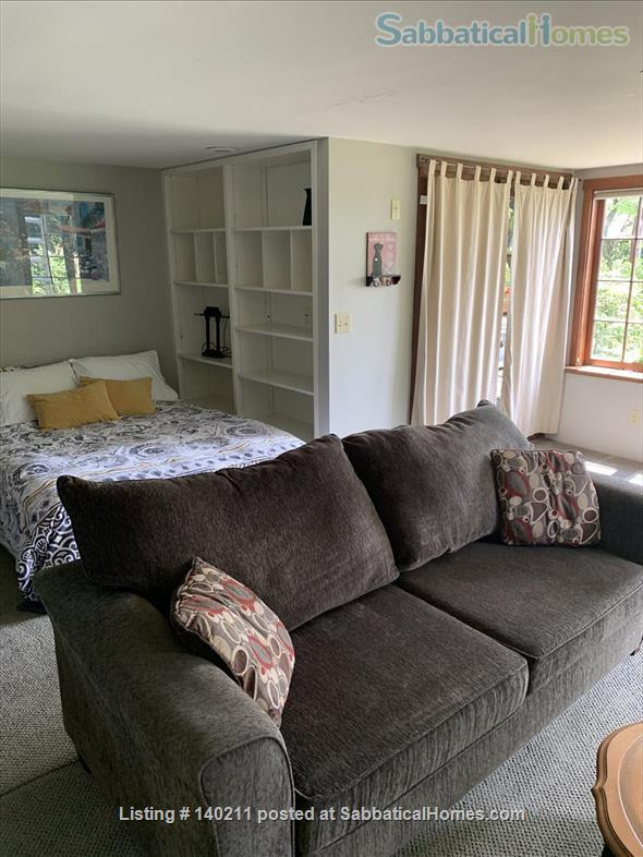 Furnished Sunny Studio to Rent Home Rental in West Vancouver, British Columbia, Canada 7