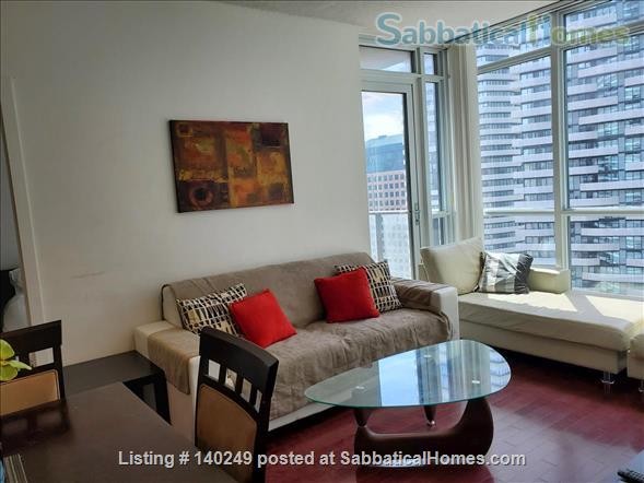 Downtown Furnished 2 Bed + Den 2 Bath Condo, next to Union Subway & Financial Area Home Rental in Toronto, Ontario, Canada 0