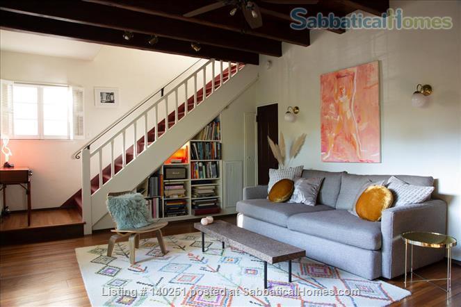 COZY BEDROOM IN A HISTORIC LA NEIGHBORHOOD Home Rental in Los Angeles, California, United States 1