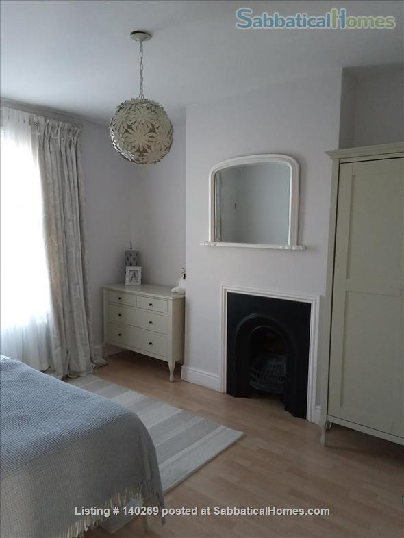 Beautiful two bedroom family home with a private garden Home Rental in Greater London, England, United Kingdom 3