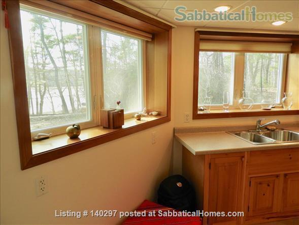 EXTRAORDINARY APARTMENT NESTLED IN WOODS BY COVER NEAR LONG BEACH IN HISTORIC PHIPPSBURG MAINE Home Rental in Phippsburg, Maine, United States 6