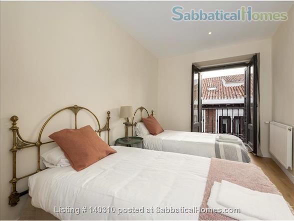 GREAT location 3 BDR-3BTH  apartment Home Rental in Madrid, Comunidad de Madrid, Spain 5