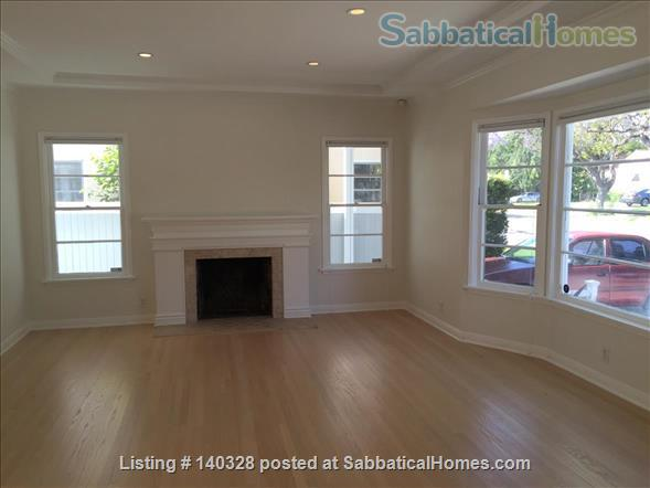 Charming Cottage Near UCLA Home Rental in Los Angeles, California, United States 3