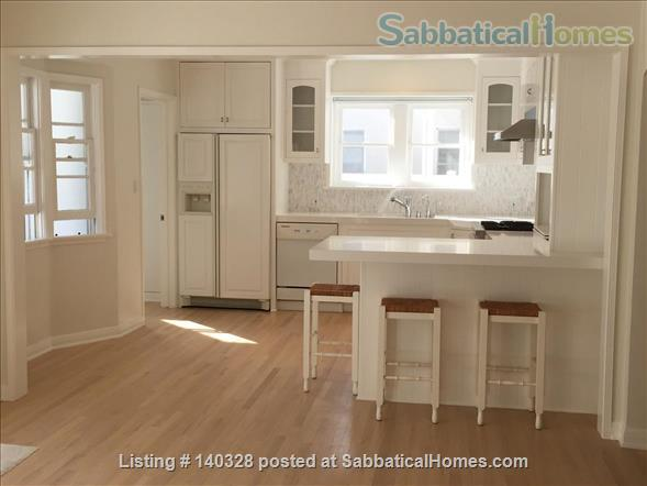 Charming Cottage Near UCLA Home Rental in Los Angeles, California, United States 4