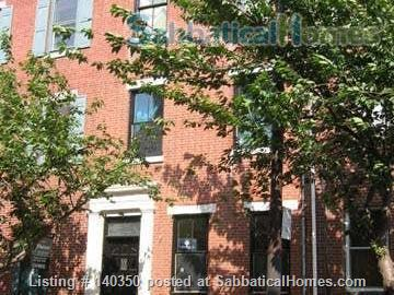 Light and airy townhouse in Bella Vista Home Rental in Philadelphia 1