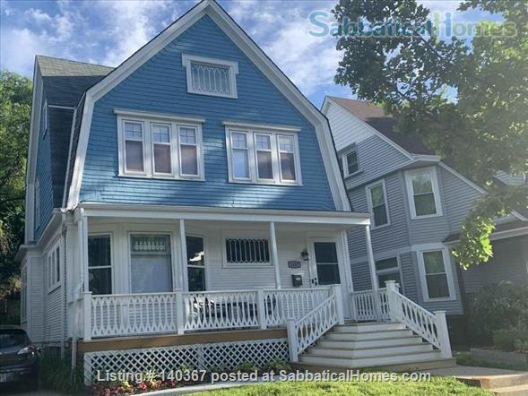 3 BR house close to UWM, Marquette, Lake Michigan, parks, beaches Home Rental in Milwaukee, Wisconsin, United States 1