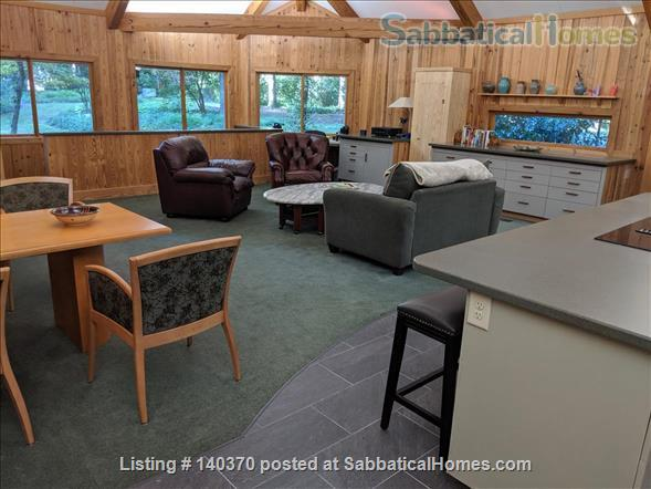 Timber Frame Home on 5 Acres of garden Home Rental in Chapel Hill, North Carolina, United States 4