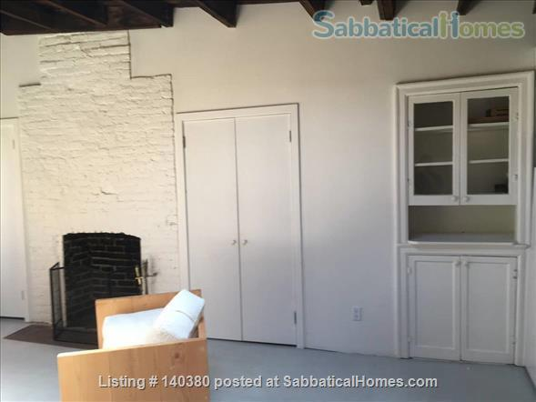 Airy 1 bedroom  in Vinegar Hill townhouse Home Rental in Vinegar Hill, New York, United States 5