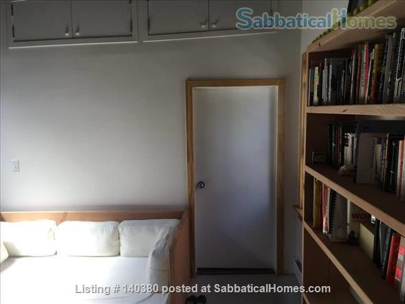 Airy 1 bedroom  in Vinegar Hill townhouse Home Rental in Vinegar Hill, New York, United States 6