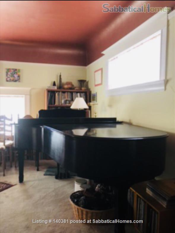 Lovely Room in Beautiful South Berkeley Home Home Rental in Berkeley, California, United States 4