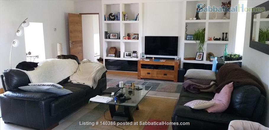 Rural Dordogne home offered Home Rental in Valeuil, Nouvelle-Aquitaine, France 1