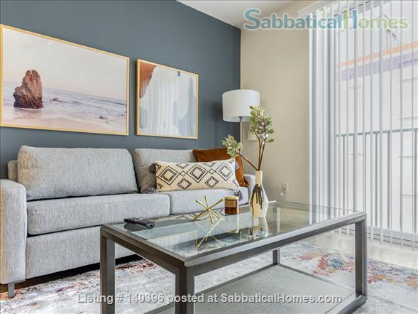 Landing Furnished Apartment at Downtown LA | Stylish New Apartment Near USC | Gym&Pool, Washer&Dryer, Rooftop Deck, Gaming Room and Full Kitchen! Home Rental in Los Angeles, California, United States 1