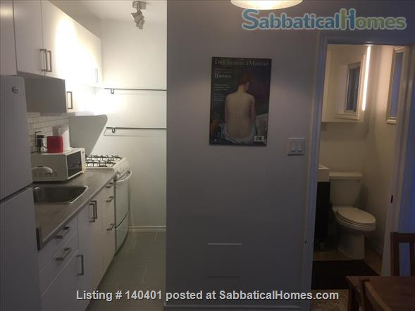 Furnished 2 bedroom flat on 3rd Floor in Victorian Home. Walk everywhere! Home Rental in Toronto, Ontario, Canada 2