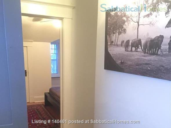 Furnished 2 bedroom flat on 3rd Floor in Victorian Home. Walk everywhere! Home Rental in Toronto, Ontario, Canada 5