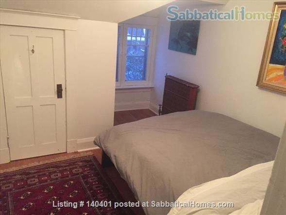 Furnished 2 bedroom flat on 3rd Floor in Victorian Home. Walk everywhere! Home Rental in Toronto, Ontario, Canada 6