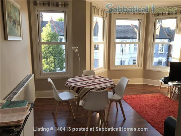 Well-presented double bedroom in north London Home Rental in Greater London, England, United Kingdom 1