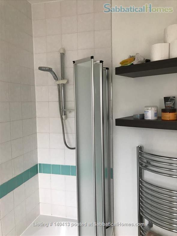Well-presented double bedroom in north London Home Rental in Greater London, England, United Kingdom 7