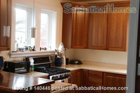 Charming sunny 5+ BR home, walk to UIUC campus Home Rental in Urbana, Illinois, United States 2