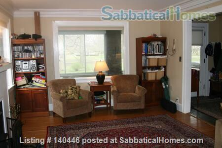 Charming sunny 5+ BR home, walk to UIUC campus Home Rental in Urbana, Illinois, United States 5